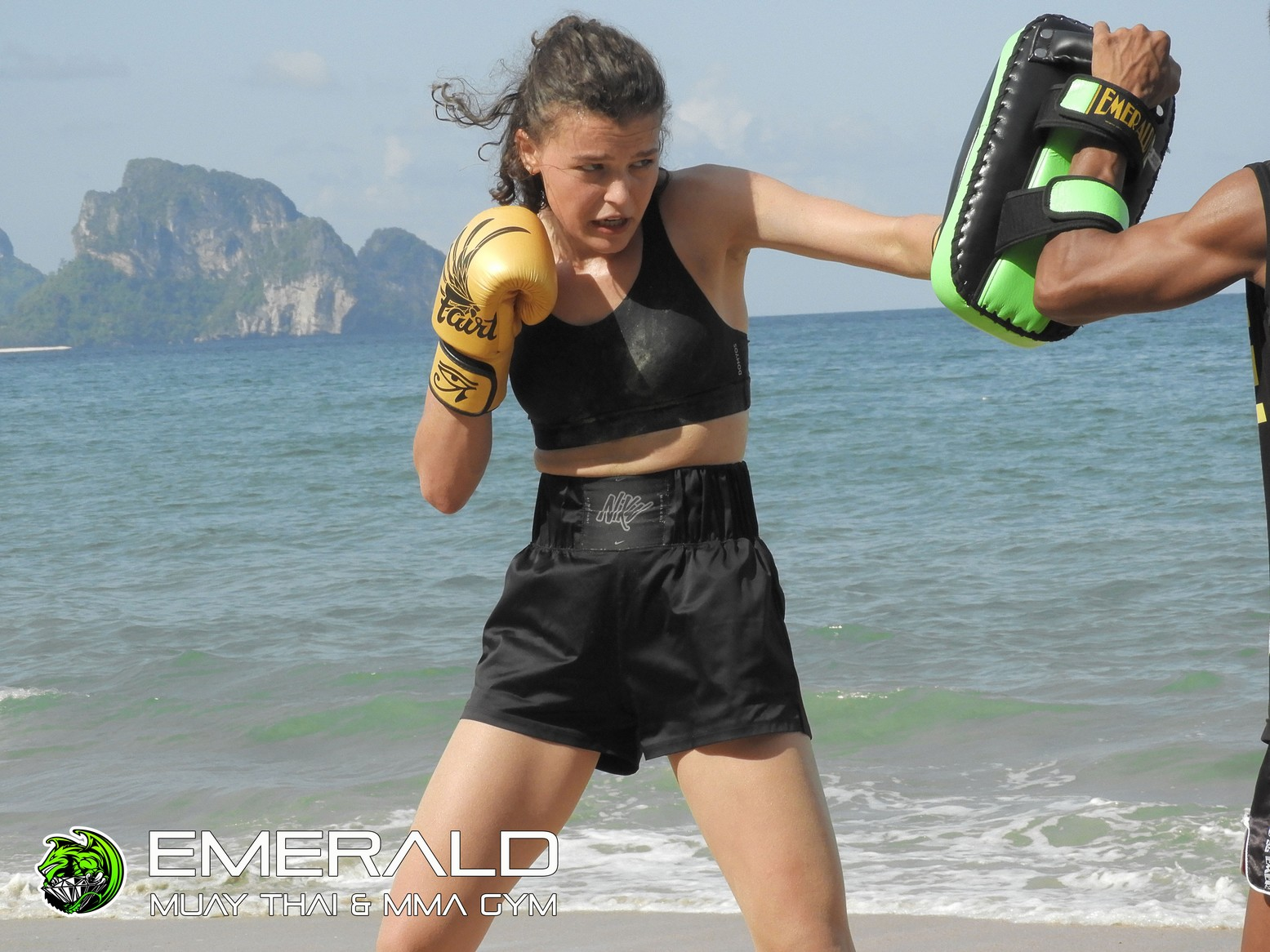 Beach training 2019 I Muay Thai